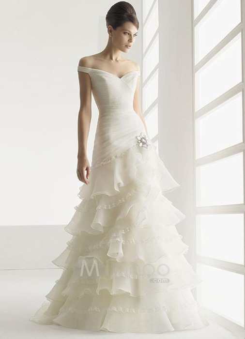 Elegant Wedding Dress Deals In Houston TX Demers Banquet Hall