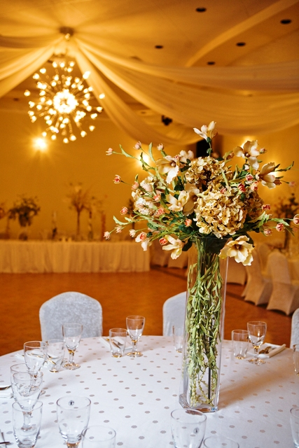 Centerpieces Rustic Themed Wedding Centerpiece – Demers Banquet Hall